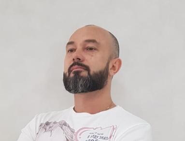 Dr. Romanov Novichenko (Russia)